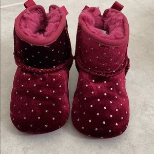 Maroon Uggs Size 4/5